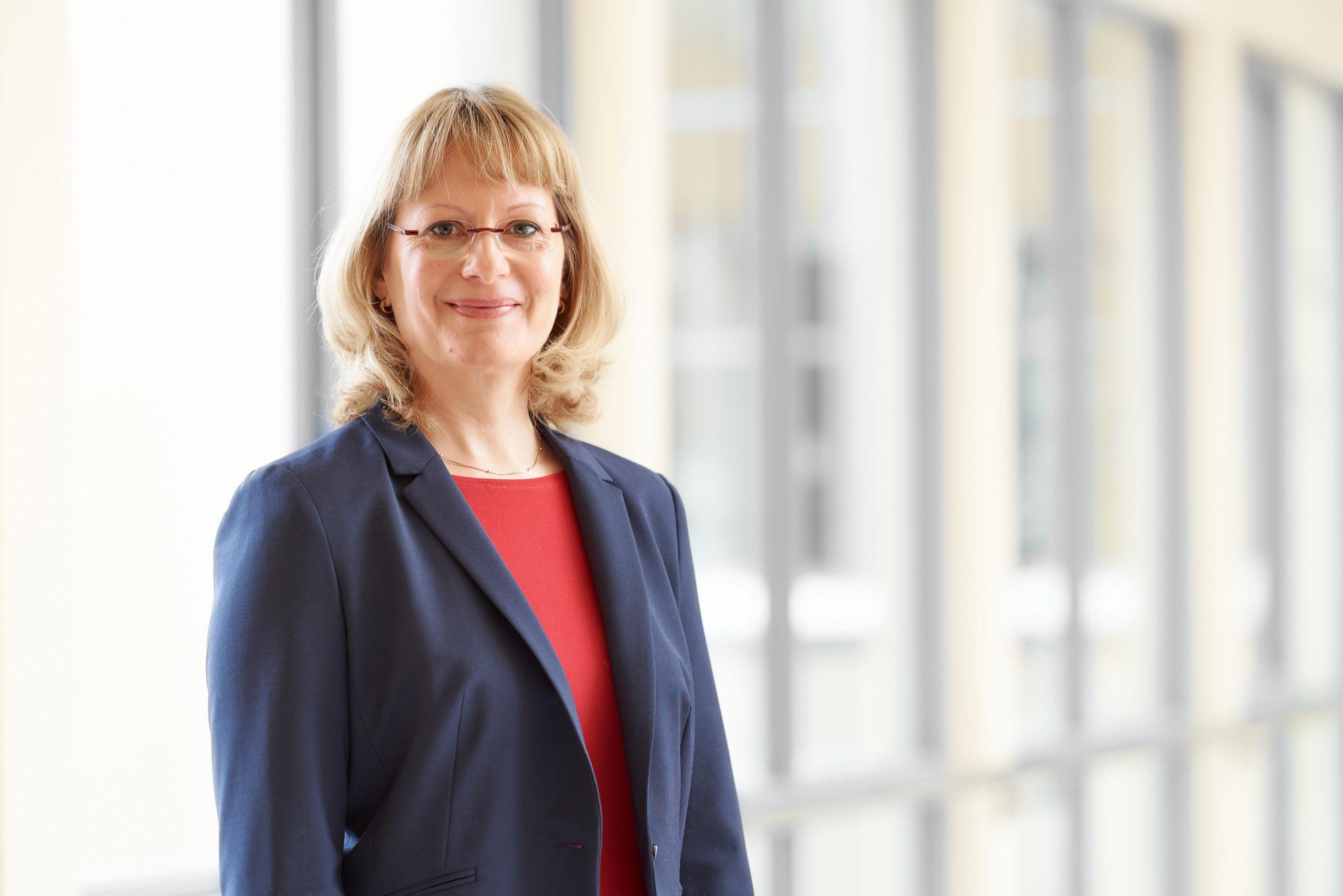 Dr. Carolin Ligges